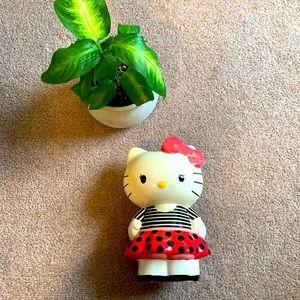 Hello kitty ceramic piggy bank